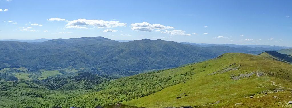 Panorama ze szczytu Pikuja